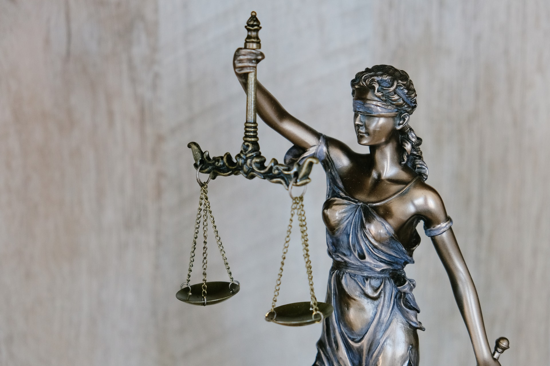 How to Succeed as a First-Year Attorney at a Big Law Firm
