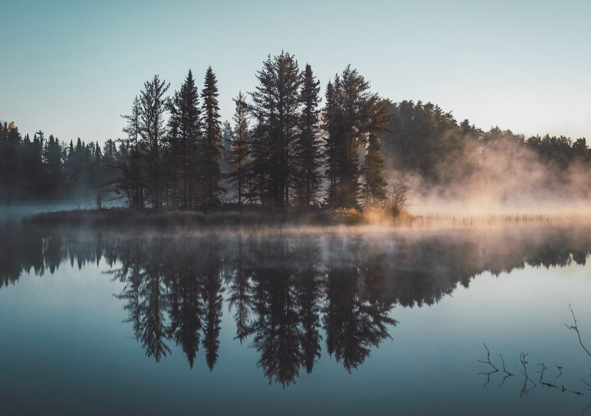 A Guide for Your Next Trip to the Lakes of Alberta